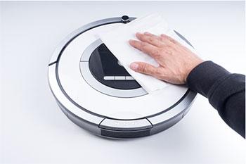 Limpieza de Roomba 700 para la instalación de vinilos adhesivos decorativos para Roomba de iRobot